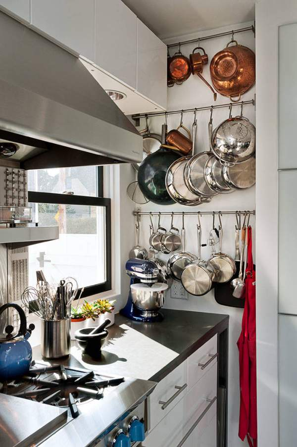 10 creative ways of storing kitchen utensils that will make the interior attractive and unload the cabinets