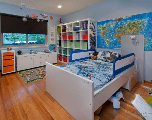 A room for a little boy holding a whole world