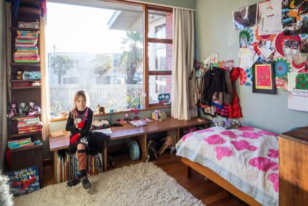 How to decorate the interior of a children's room for girls of different ages