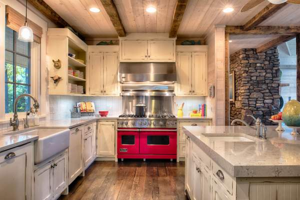 Kitchen design in a rustic style: advice from creative masters