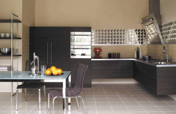 Overview of floor coverings for kitchen: advice of Russian designers