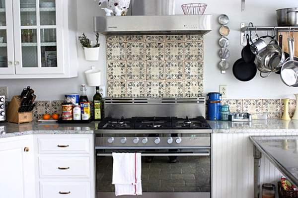Stylish ceramic tiles in the interior of the kitchen: an amazing selection of photos with interesting design solutions