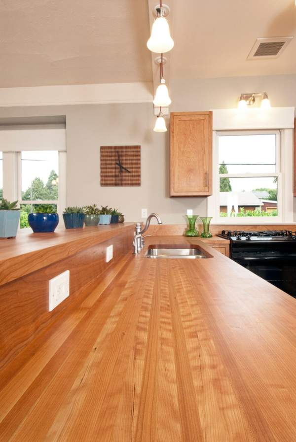 Table tops made of natural wood for kitchens and bathrooms - photo of real interiors