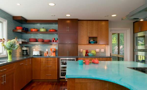 The original design solution for kitchen countertops - finishing concrete is a worthy competition to the generally accepted materials