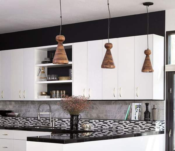 Top 10 interesting kitchens with open shelves - the exhibition of utensils becomes the quintessence of the interior