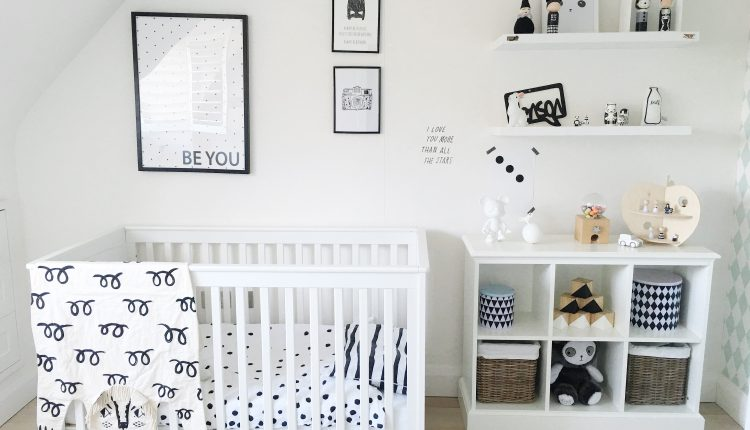 The use of white for the design of the children's room